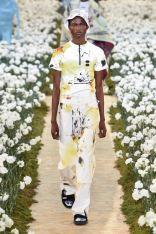sfilata-off-white-collezione-uomo-primavera-estate-2020-parigi-isi-2881-maxw-800
