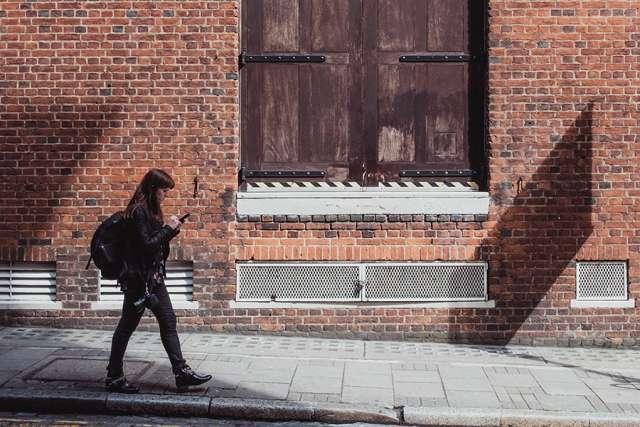 millennial_smartphone-society