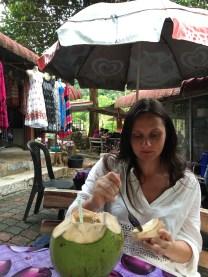 Nannette Neubauer Kokosnuss Test Malaysia