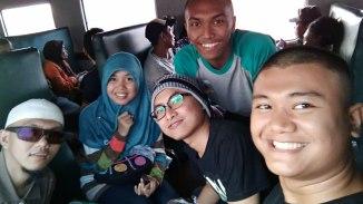 Saya bersama teman-teman OJT KPPN Cirebon di kereta