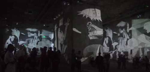 El Guernica, de Picasso en Les Carrières de Lumières