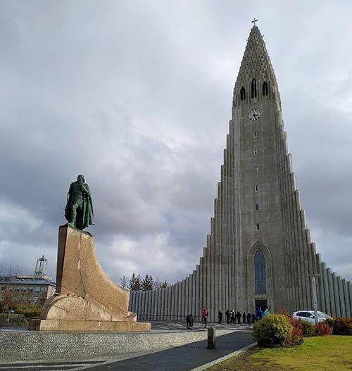 Iglesia luterana de Reikiavik