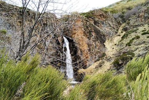 Cascada de Mazobre, ruta de los pantanos