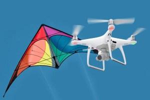 Mungkinkah Kecanggihan Drone dapat Menggantikan Keindahan Layang-layang?