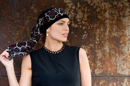 Yanna Black Red Flowers turban argazki