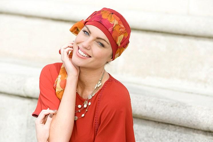 Yanna Brick Orange Flowers turban argazki