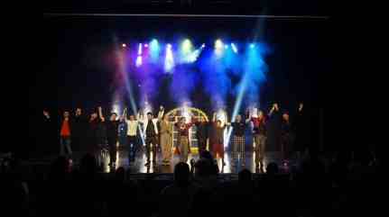 Final du spectacle international de magie