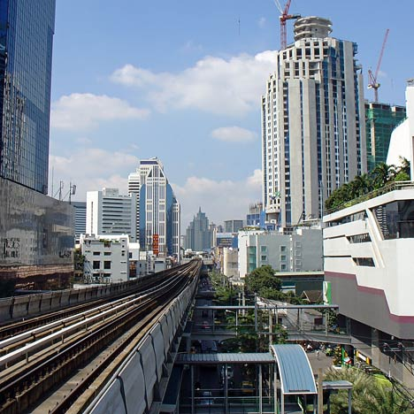 skytrain in bangkok - BTS