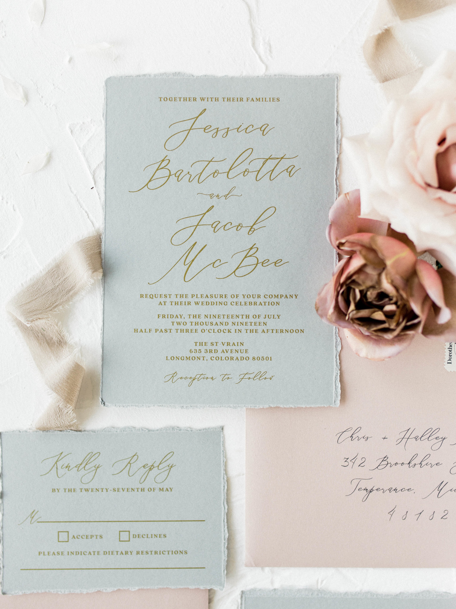 Wedding stationery fonts: Whimsical mauve wedding inspiration on Alexa Kay Events. See more romantic wedding ideas at alexakayevents.com!
