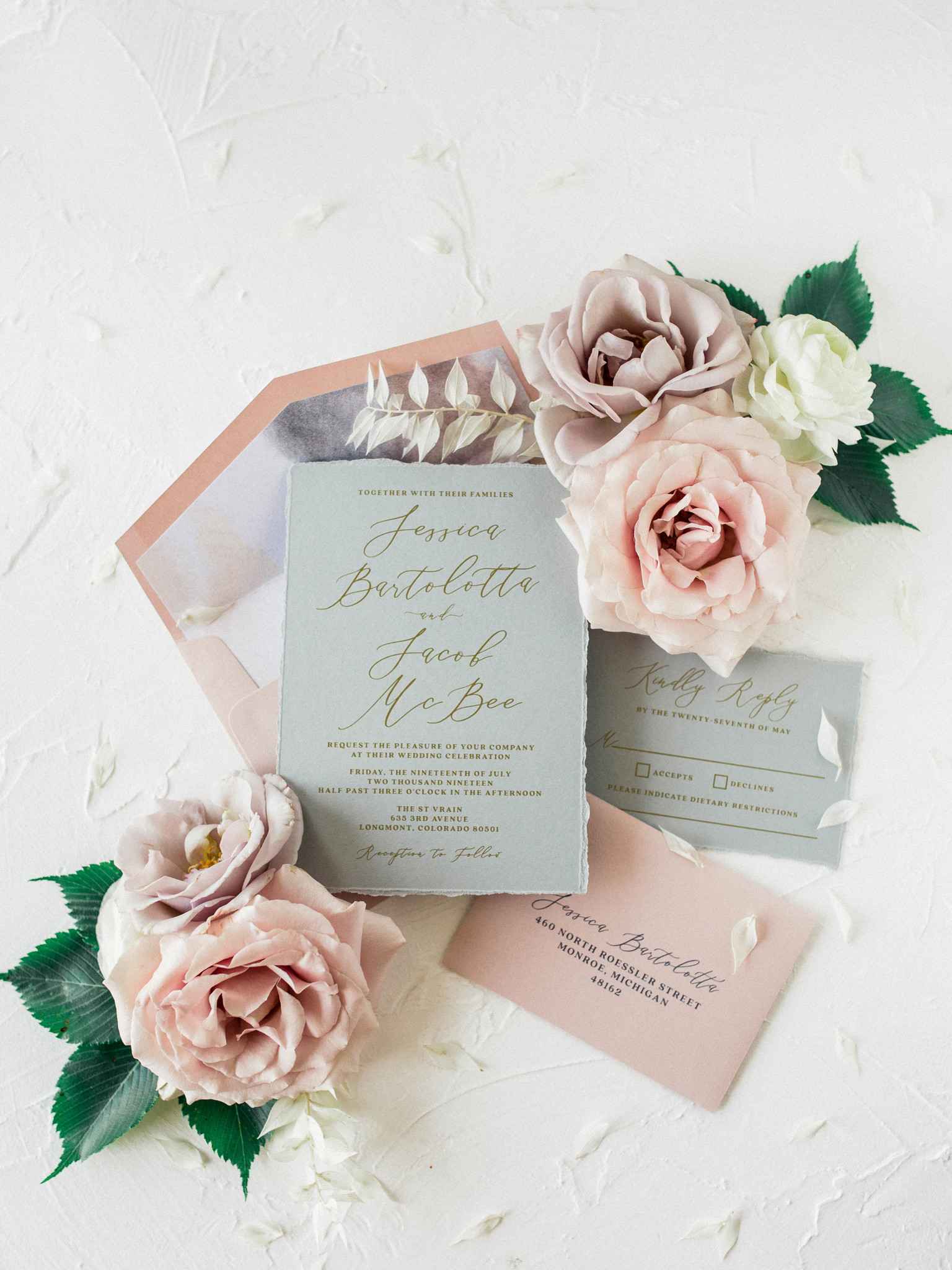 Wedding stationery: Whimsical mauve wedding inspiration on Alexa Kay Events. See more romantic wedding ideas at alexakayevents.com!