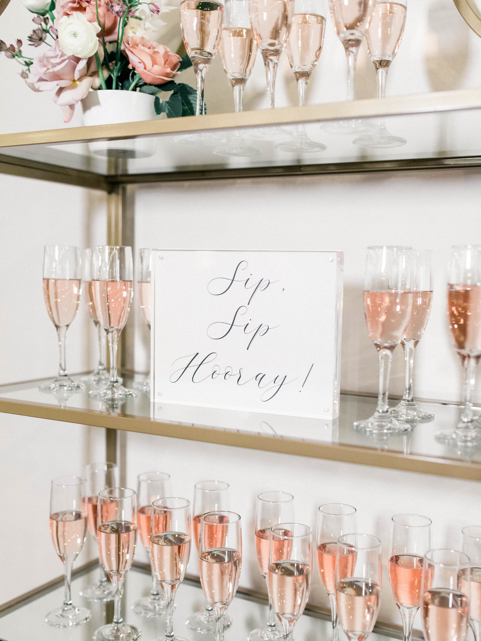 Champagne wall: Whimsical mauve wedding inspiration on Alexa Kay Events. See more romantic wedding ideas at alexakayevents.com!