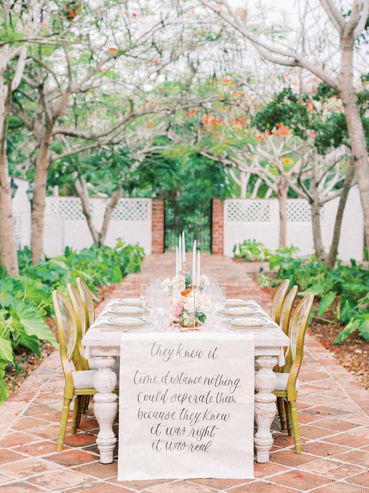 Beach wedding tablescape: Beach Wedding Inspiration | Dominican Republic