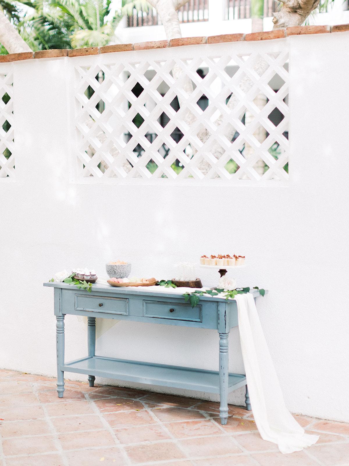 Wedding dessert table ideas: Beach Wedding Inspiration | Dominican Republic