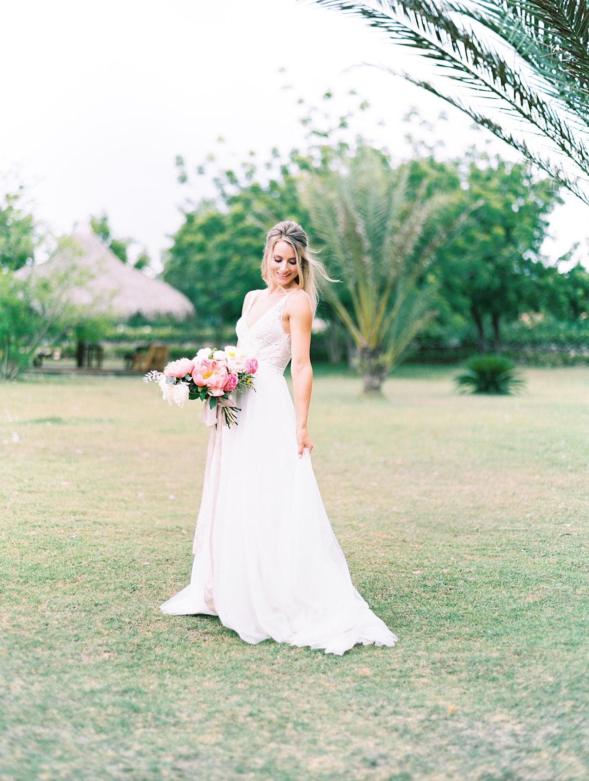 Bridal portrait: Beach Wedding Inspiration | Dominican Republic