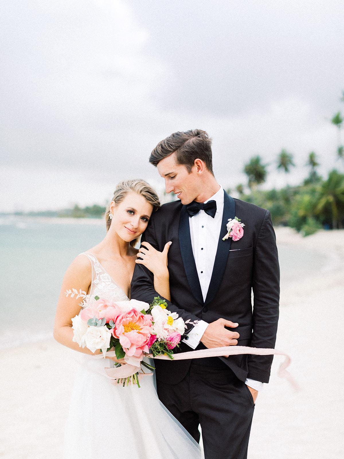 Tropical wedding photos: Beach Wedding Inspiration | Dominican Republic