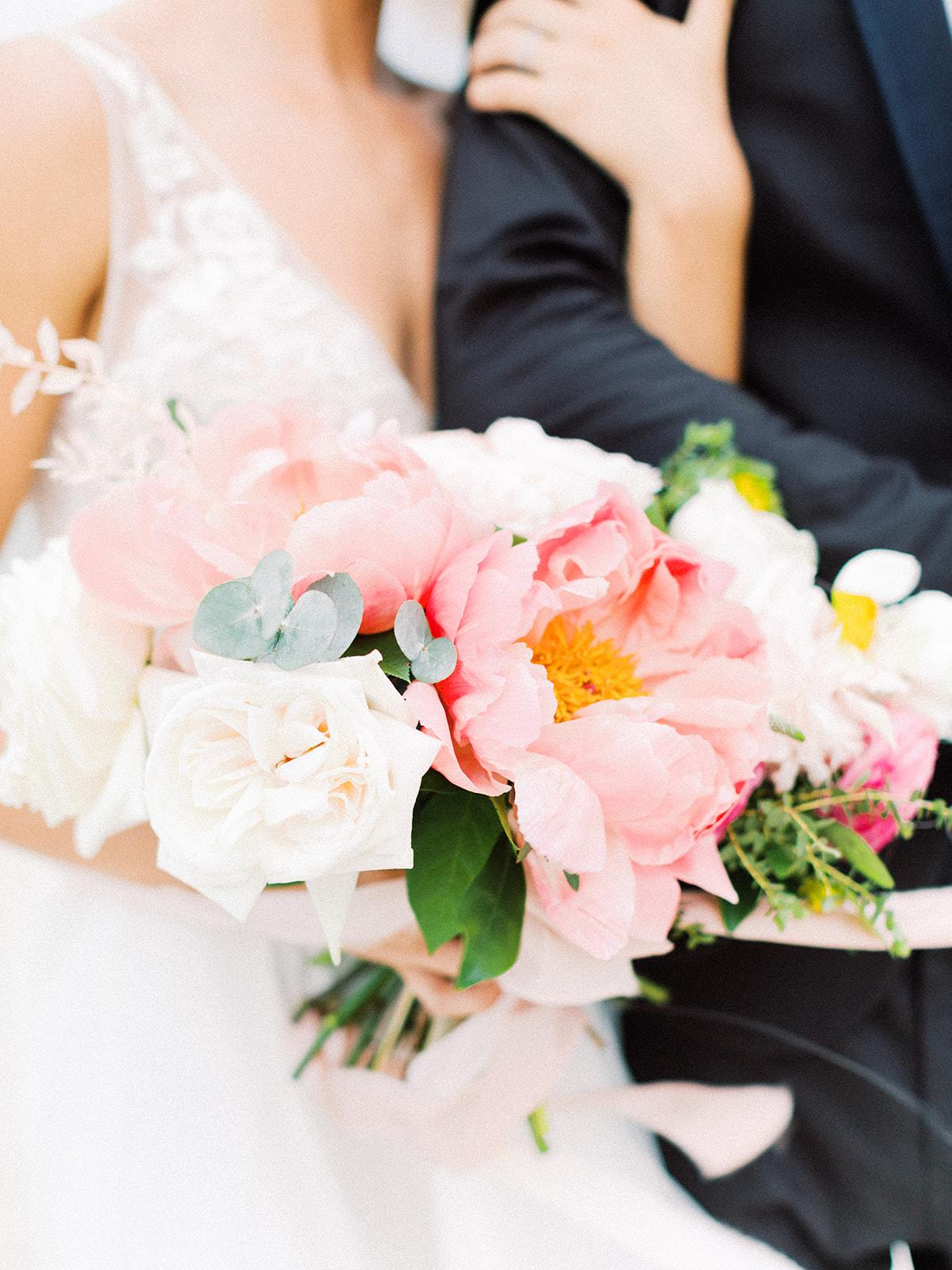 Pink wedding bouquet: Beach Wedding Inspiration | Dominican Republic
