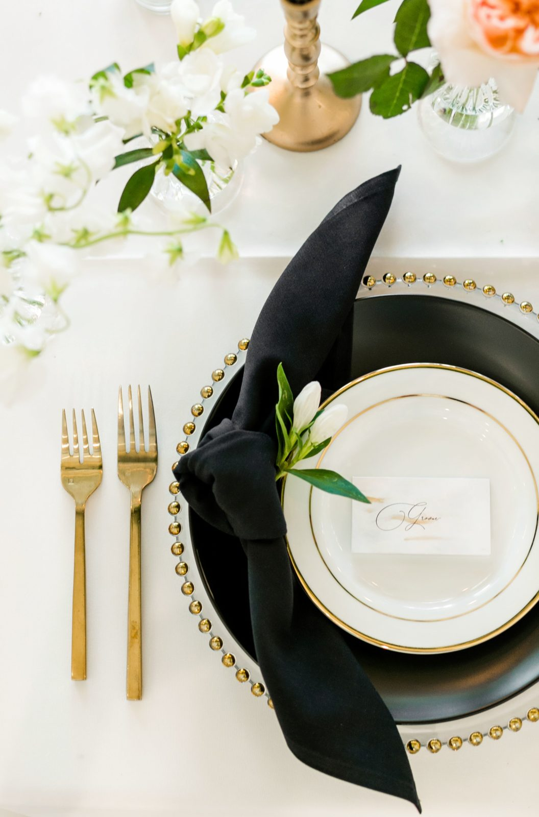 Gold wedding cutlery: Sophisticated and Chic wedding inspiration on Alexa Kay Events