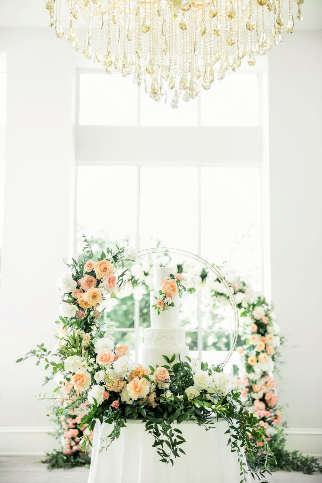 Wedding cake table design: Sophisticated and Chic wedding inspiration on Alexa Kay Events