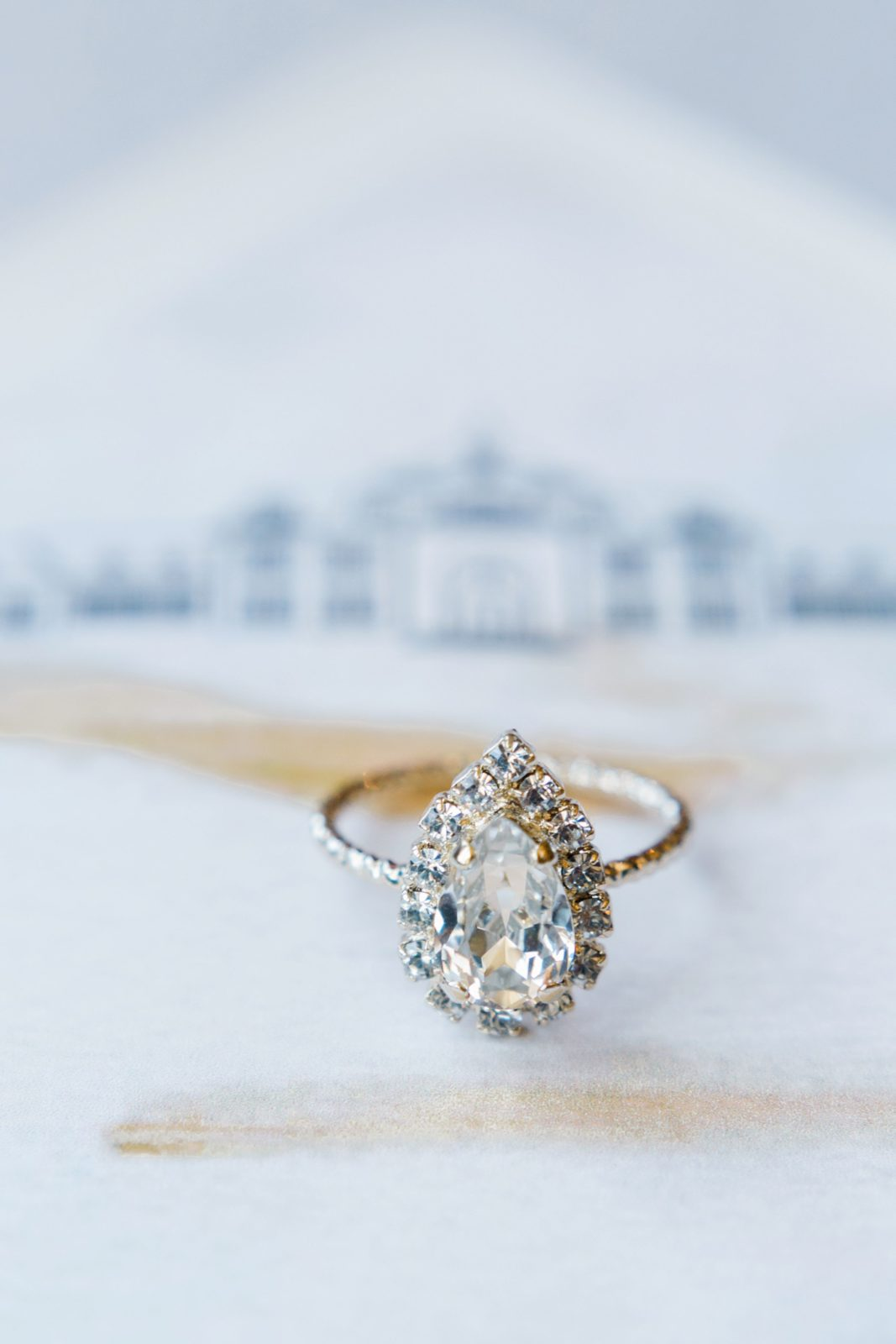 Tear drop wedding ring: Sophisticated and Chic wedding inspiration on Alexa Kay Events