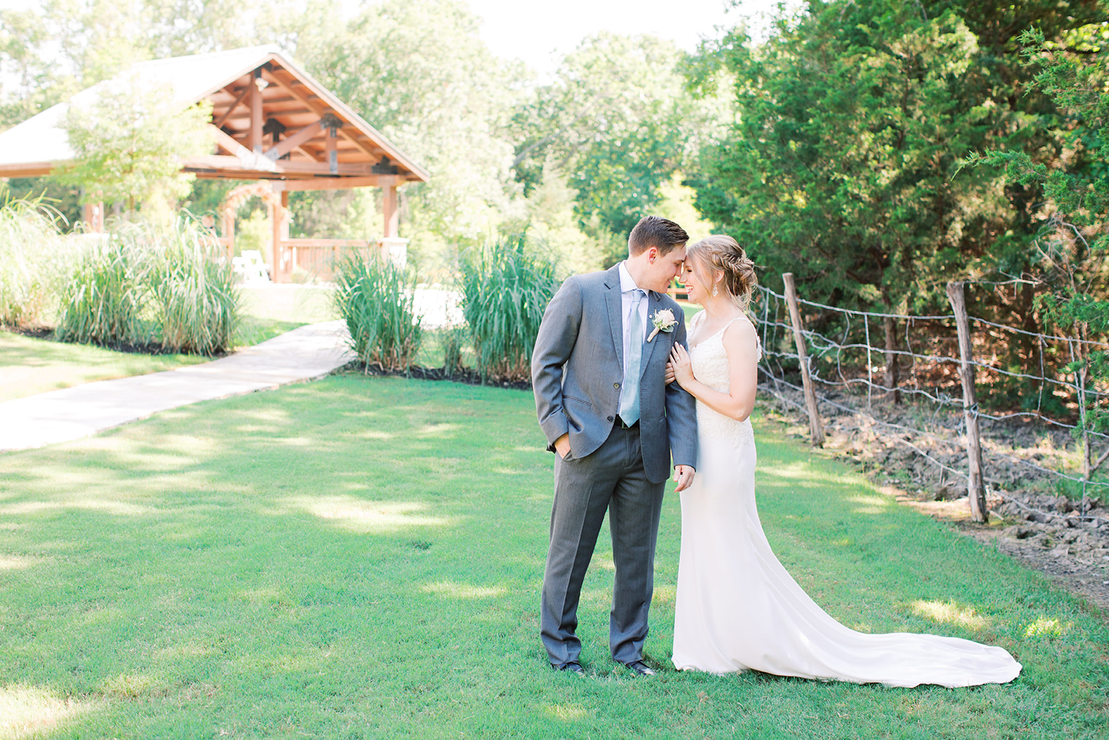 Springs Venue Wedding: | Romantic blue Texas wedding at Spring Venue by Alexa Kay Events