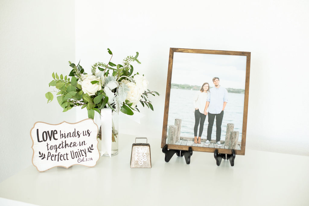 Wedding table decor: Modern Minimalistic Wedding at The Emerson
