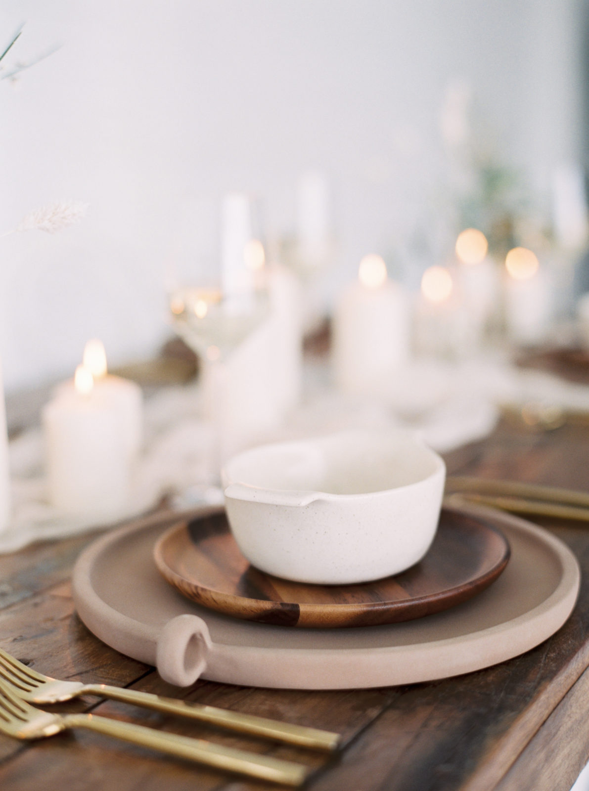 Wood and ceramic wedding place setting inspiration featured on Alexa Kay Events