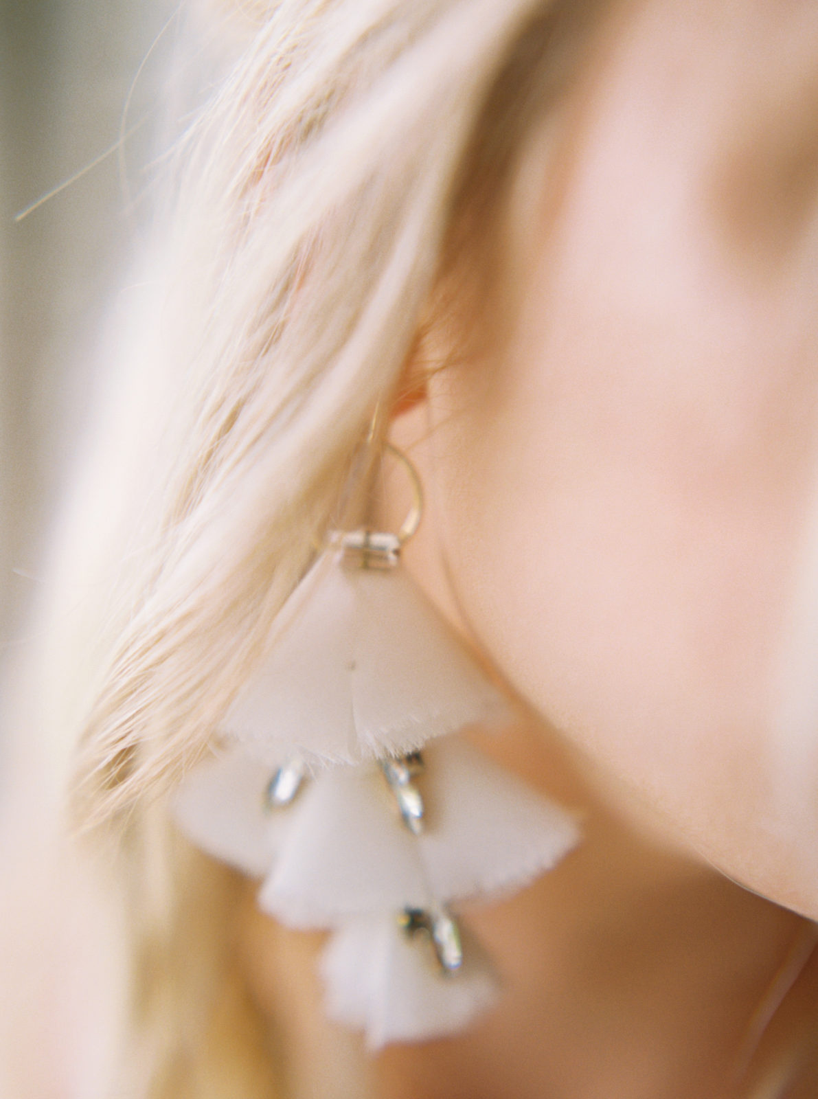 Modern bridal earring inspiration featured on Alexa Kay Events