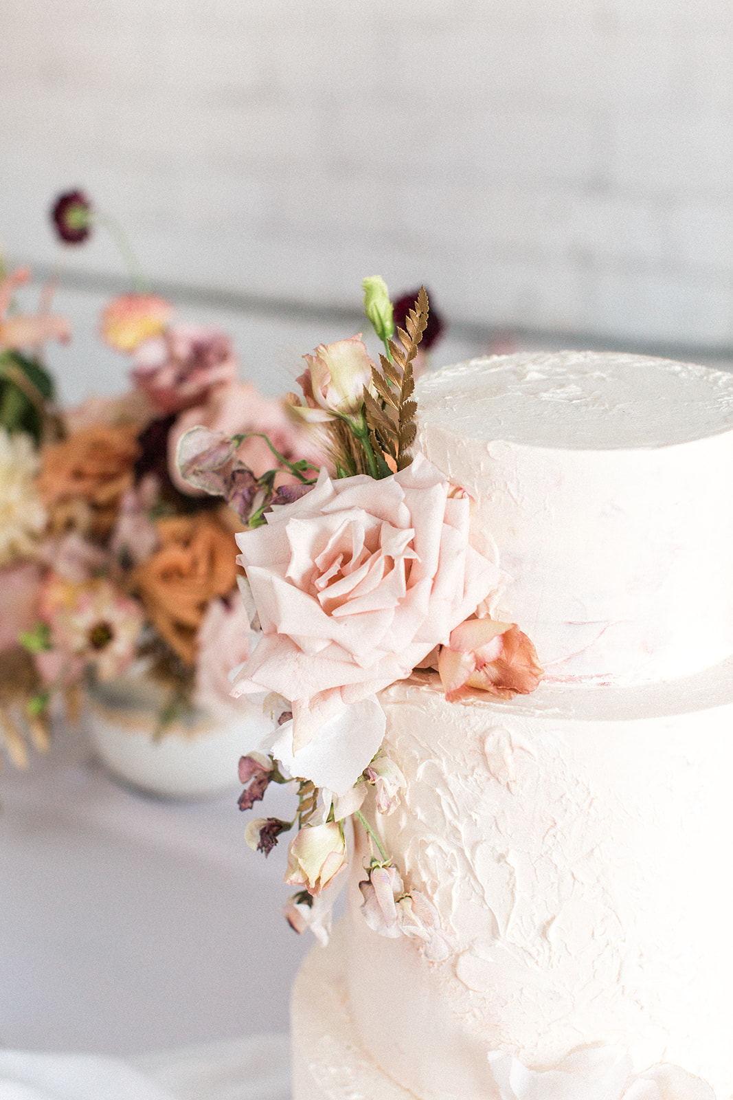 Meet DFW Wedding Cake Designers at Butterfly Cakery on Alexa Kay Events!