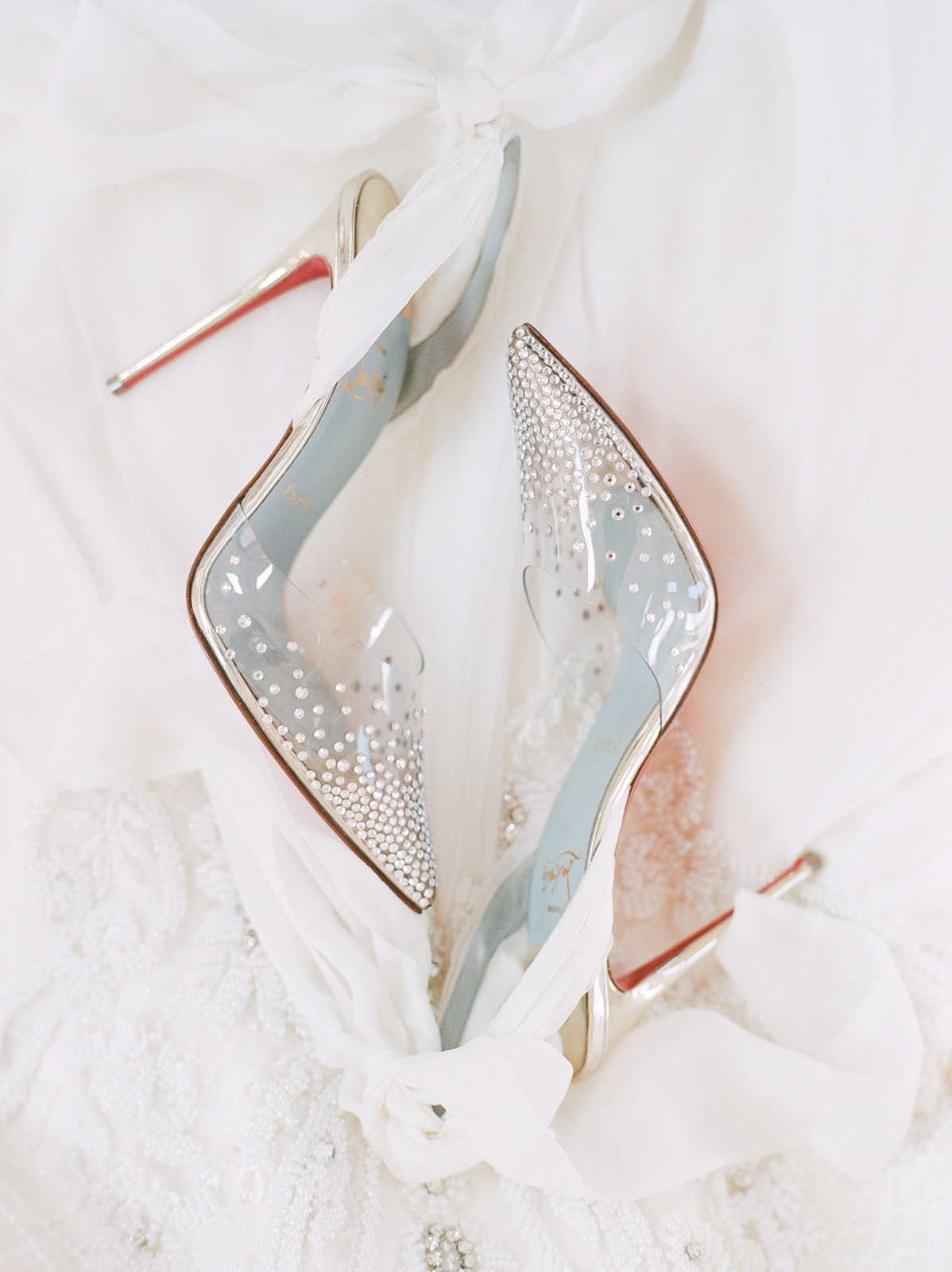 Louis Vuitton Wedding Shoes: Luxurious Knotting Hill Place Wedding