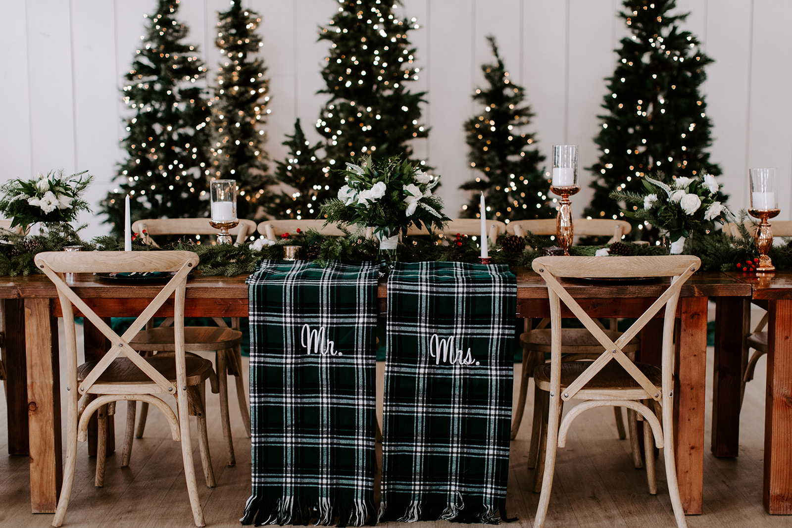 Plaid Wedding Decor: Romantic Winter Wedding at The Grand Ivory
