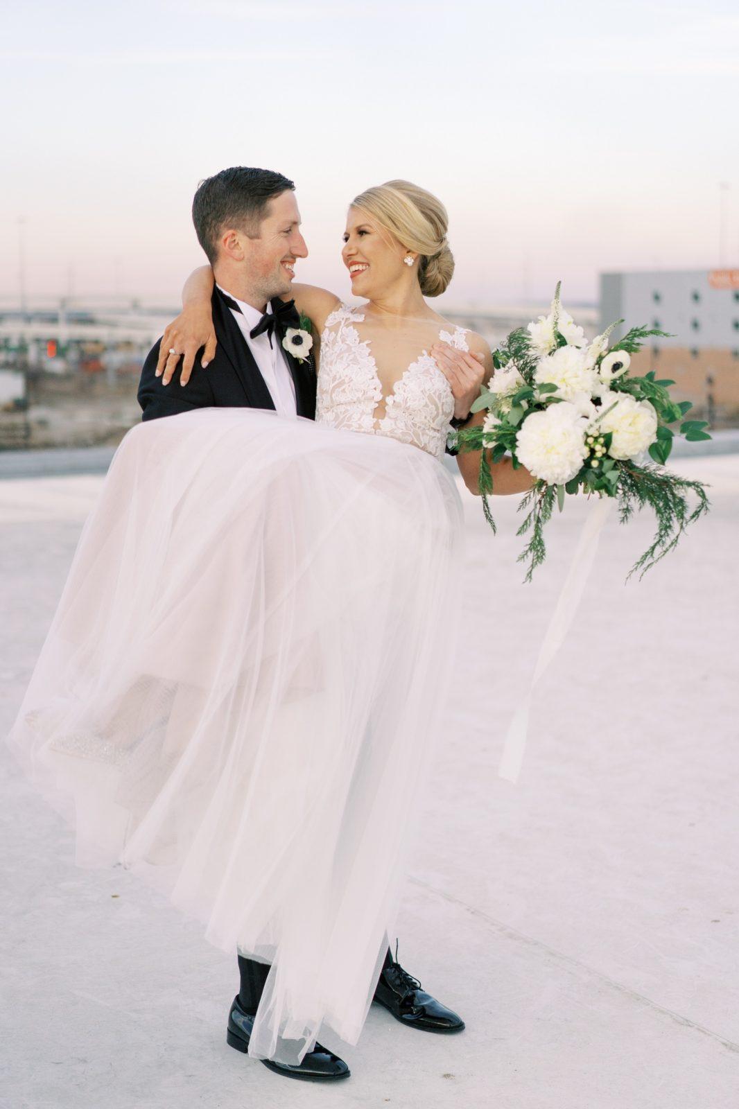 Monica Alberty Wedding Photography featured on Alexa Kay Events