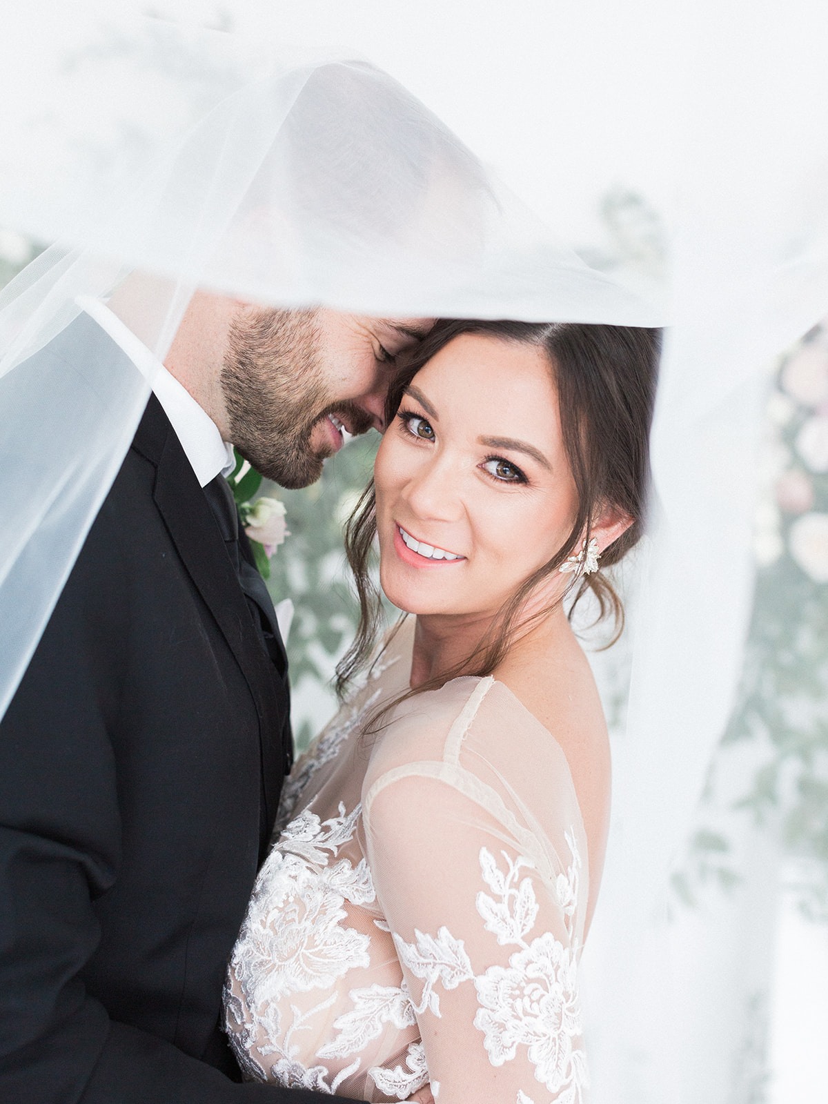 Wedding portrait by Sami Kathryn: Pink Floral Wedding Inspiration at The Lumen Room featured on Alexa Kay Events
