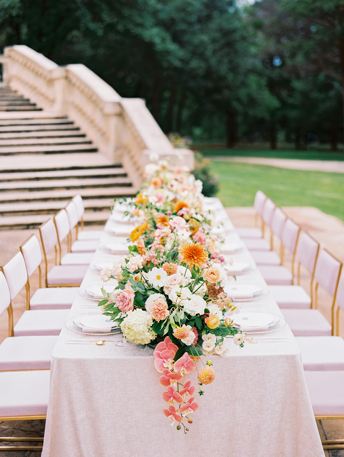 Colorful outdoor wedding tablescape | Alexa Kay Events