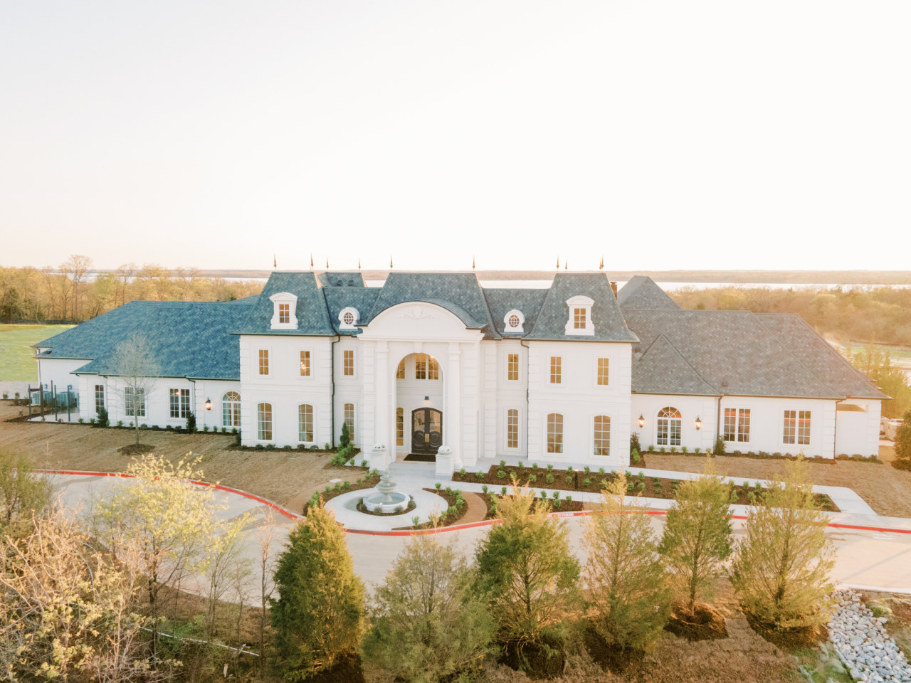 Hillside Estate Dallas wedding venue