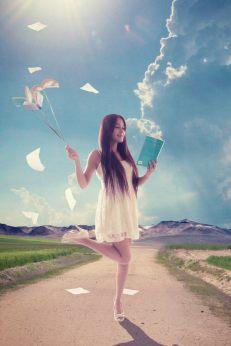 Imagina si lees Modelo: Yarii DeLira Fotografía: Alex Alvarez © Alex Alvarez, 2015