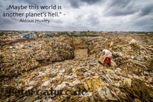 An diese Müllwüste in Dandora, Nairobi, Kenia musste ich denken, als ich mit Jane 23 durch die Müllkontinente gezogen bin. Foto: A. Baumbach
