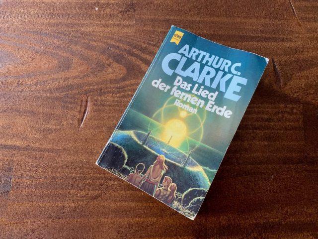Das Lied der fernen Erde - Arthur C. Clarke - Buchcover