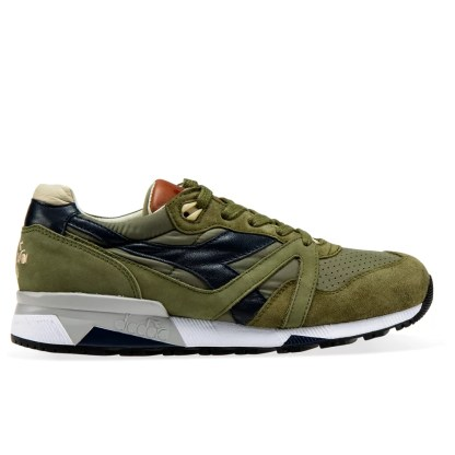 n9000_h_ita_verde_oliva_militare_burnt_olive_bone_brown_n9000_h_s_sw_camoscio_grigio_grey_ash_dust_diadora_heritage_scarpe_da_uomo_sneakers_camoscio_grigio_grey_ash_dust_adidas_scarpe_da_uomo_nite_jogger_grigio_bianco_sneakers_alexander_john_Puma_scarpe_da_uomo_sneakers_smash_v2_l_pelle_bianco_blue_verde_star_smith_estate_2020_alexander_john_shoes_alexanderjohn.it_