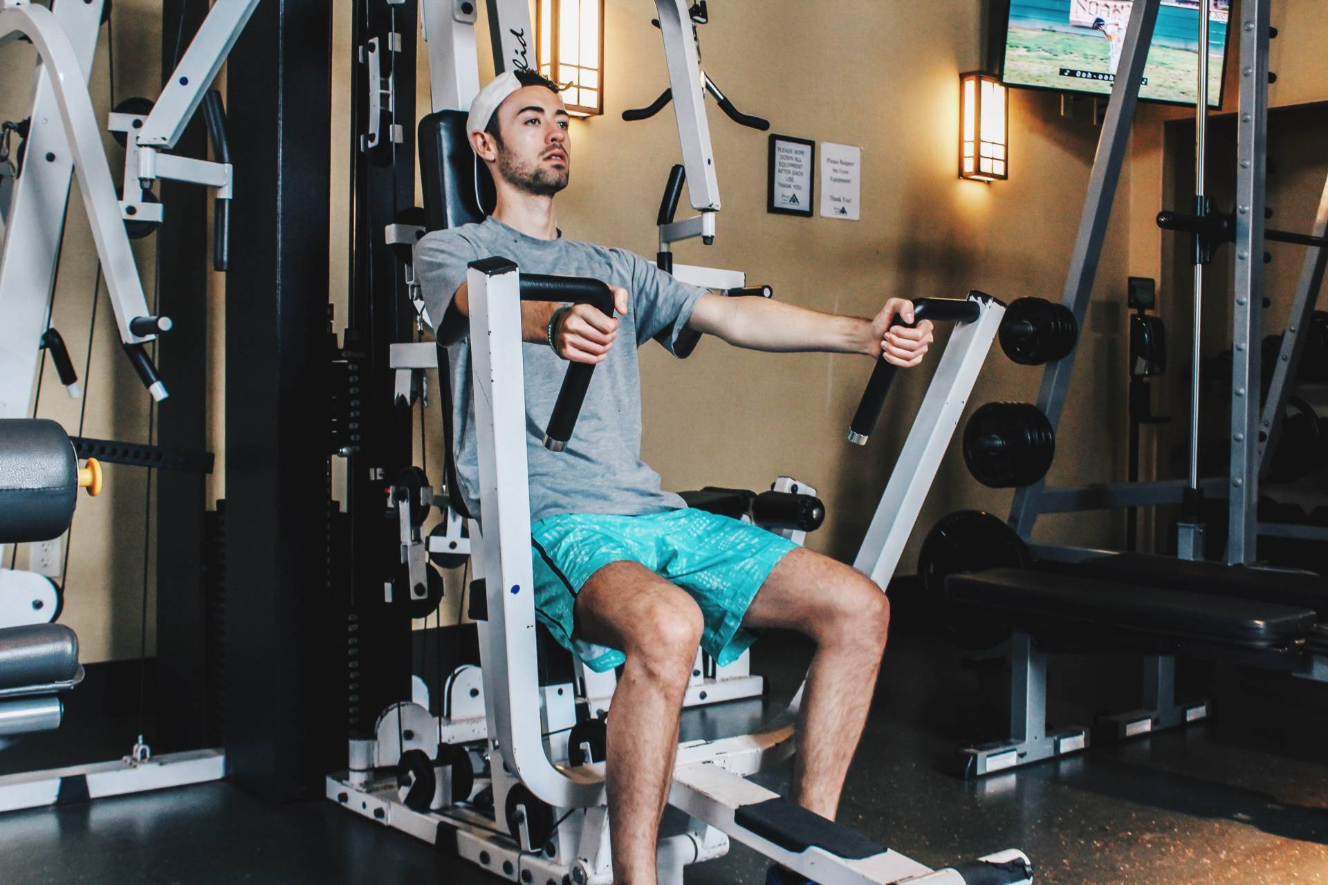 alex working out