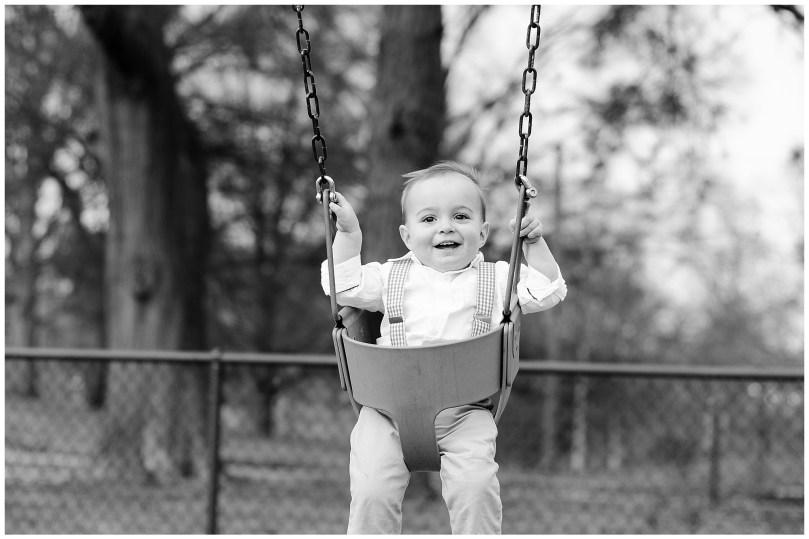 Alexandra Michelle Photography - Bryan Park - Spring 2017 - Family Portrait - Brown-127