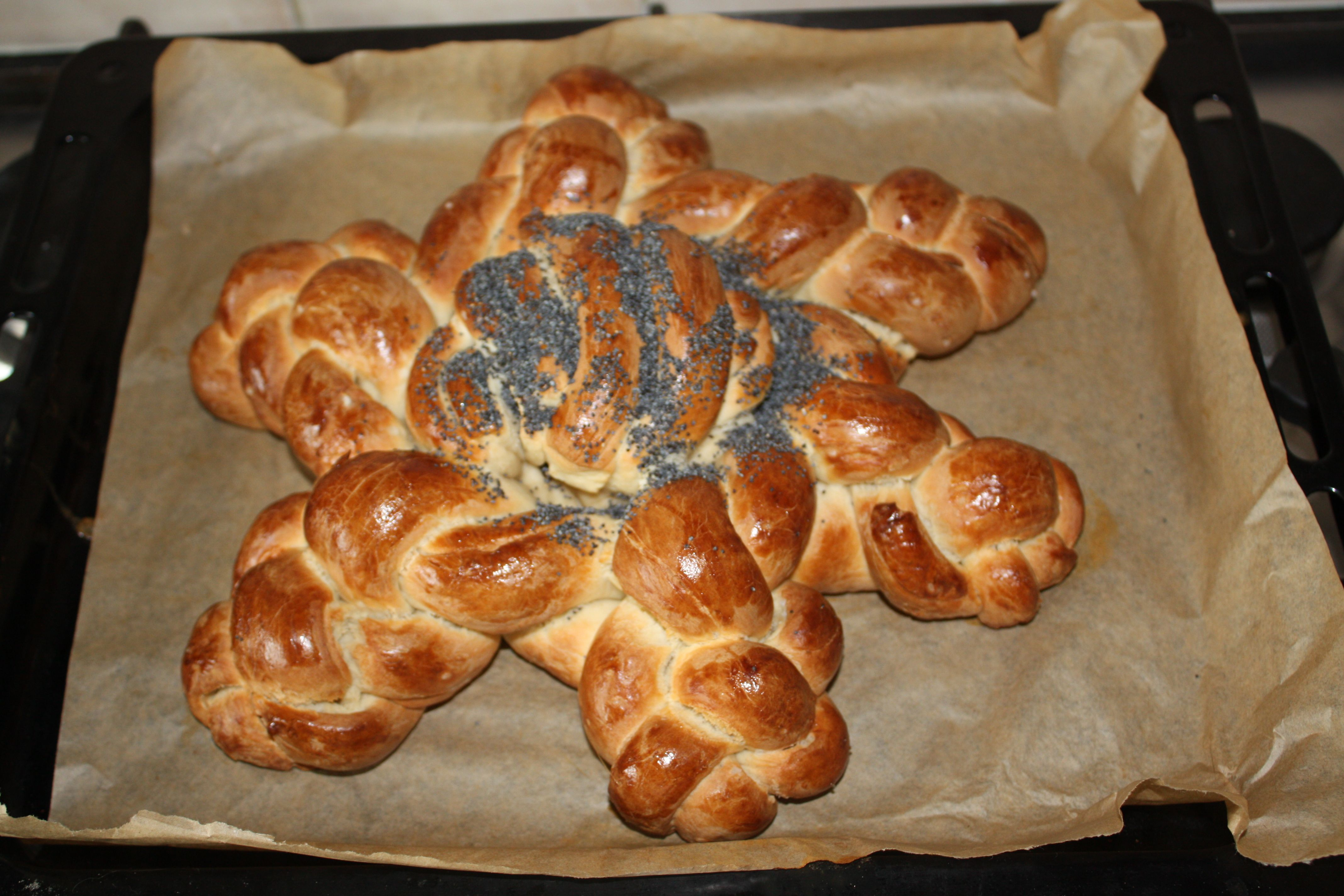 Completed bread star