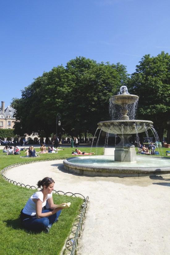 Le Marais - Place des Voges 1