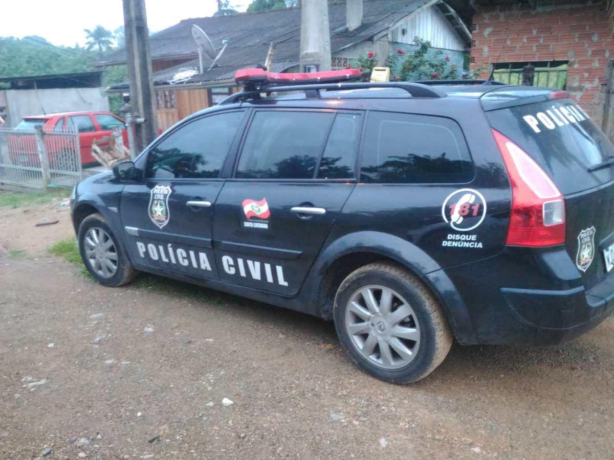 """Polícia Civil deflagra operação """"Balada Vip"""" contra o crime organizado em Blumenau"""