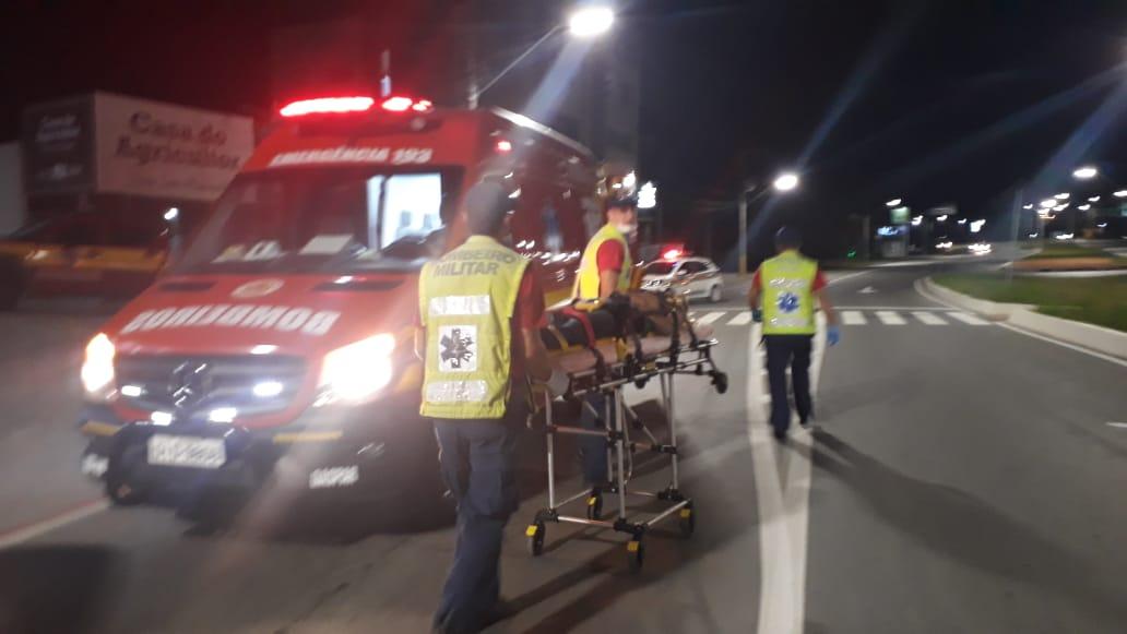 Assalto em Blumenau termina em perseguição e um dos bandidos mortos pela PM