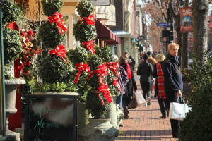 Holiday Shopping in Alexandria