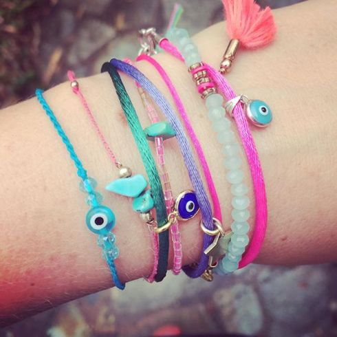 Evil Eye Addict - www.vonhey.com/collection #vonhey #vonhey_berlin #evileye #evileyebracelet #armparty