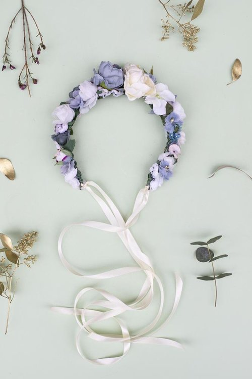 Alexa-Peng-We-Are-Flowergirls-Misdummer-Collection-Blumenkranz-Flower-Crown-Britta