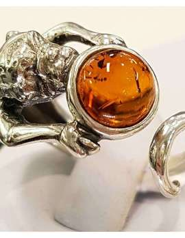 Sterling silver and amber pug dog ring