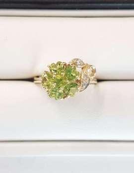9ct Yellow Gold Peridot and Diamond Flower Ring