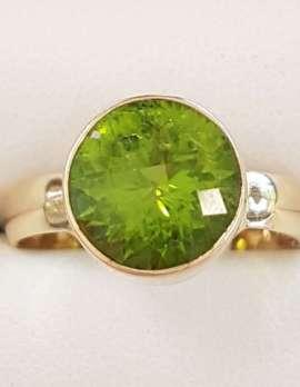 9ct Gold Round Bezel Set Peridot Ring